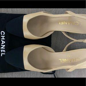 Chanel Classic Slingback's